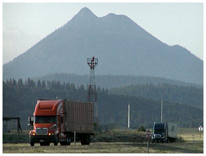 I-5 Trucks
